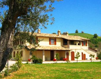 Le Marche Country House Adina